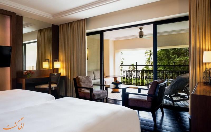 هتل 5 ستاره گرند حیات