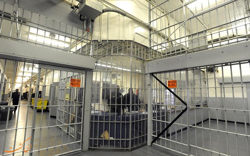 زندان جزیره ی ریکرز   Racquet Island Island Prison