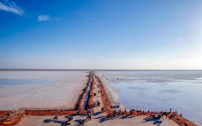 مسیر کوچ عشایر کوتچ در کویر نمکی هند
