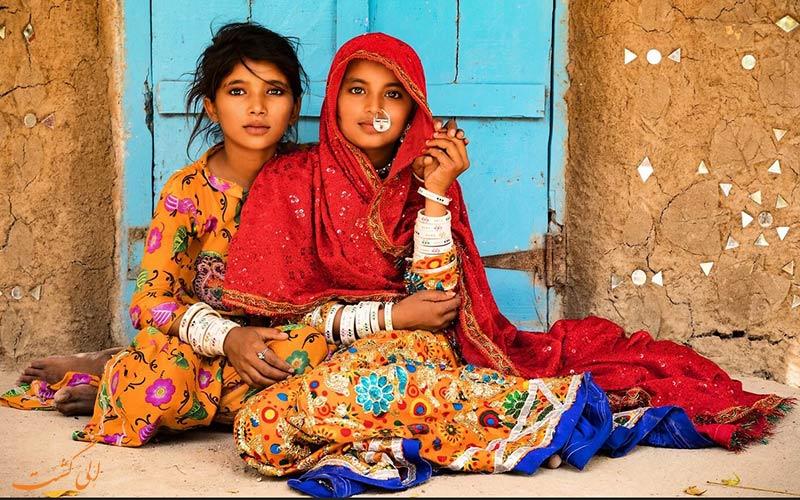 مردمان روستای خادودا در کویر نمکی هند