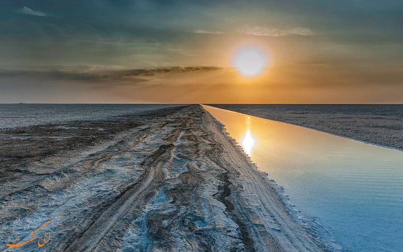 بهترین زمان برای بازدید از کویر نمکی هند
