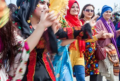 لباس های محلی کردی-الی گشت