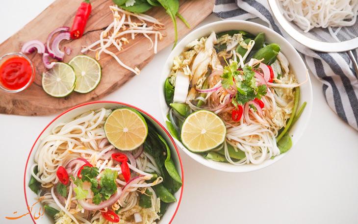 صبحانه ویتنامی سوپ فو