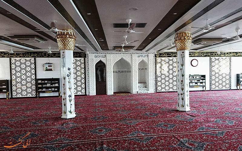 شبستان مسجد حاج علی