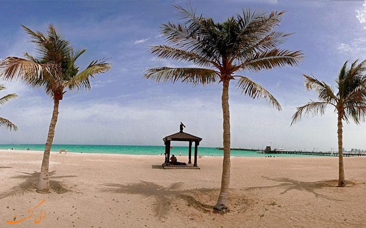 ساحلی با درخت نخل در کیش-بهترین زمان سفر به کیش