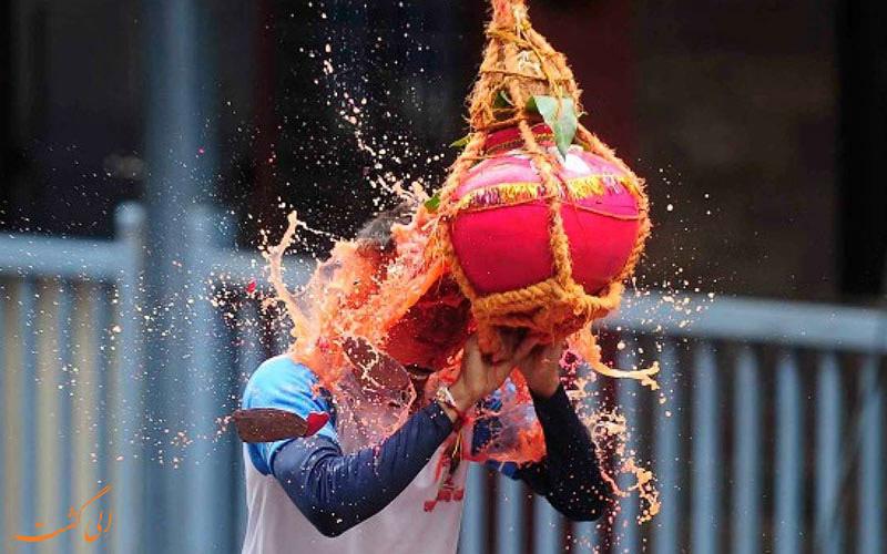 یکی از آیین های هندی در جشن های سنتی