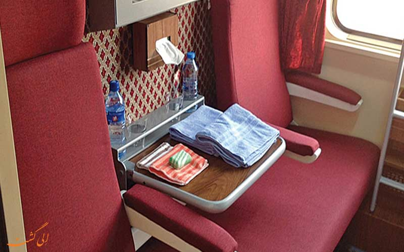 عکس داخل قطار ۳ ستاره البرز