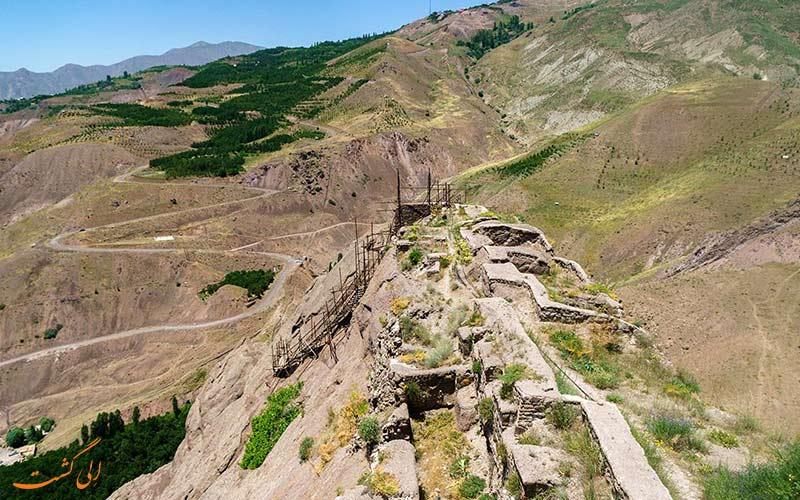 نمایی از قلعه ی تاریخی الموت قزوین