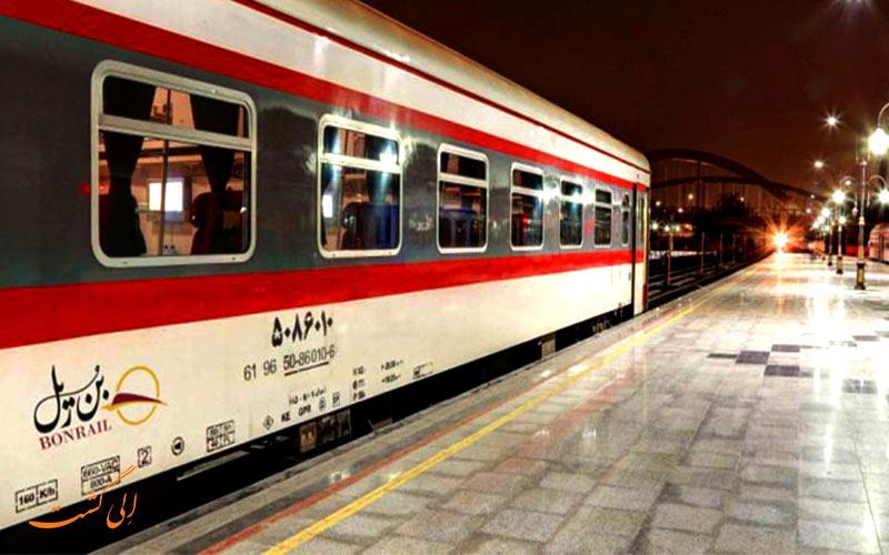 قطار پرستو اهواز از قطارهای بن ریل