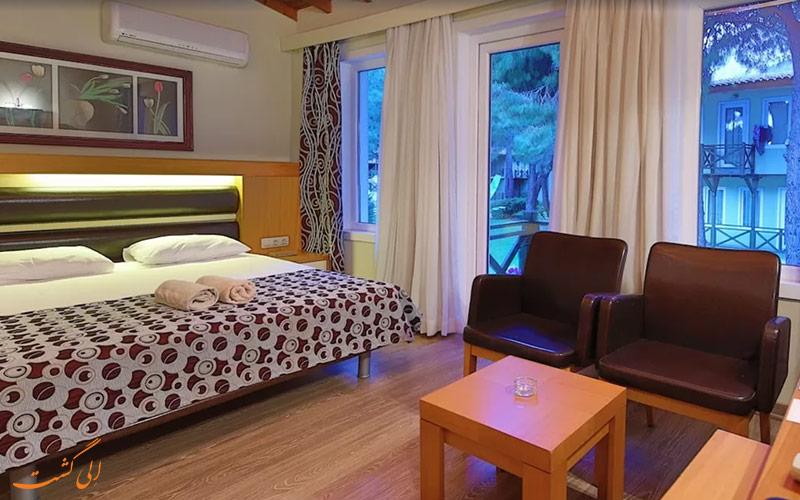 یکی از اتاق های 2 تخته ی فلورا هتل