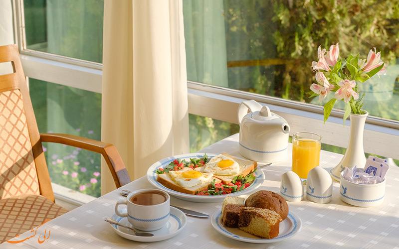 صبحانه هتل هما شیراز