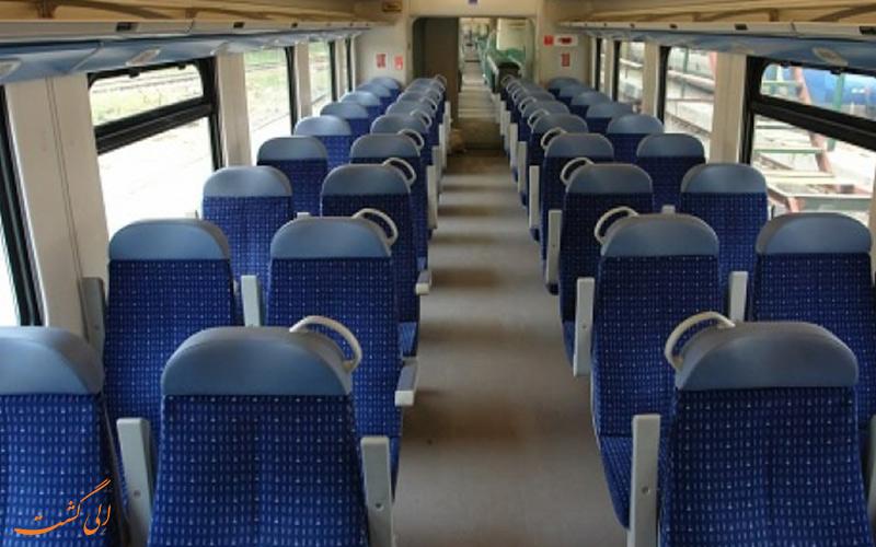 صندلی های قطار سالنی رجا